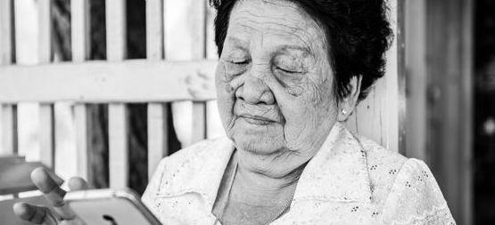 La esperanza de vida de las muejeres romperá la barrera de los 90 años en 2030...