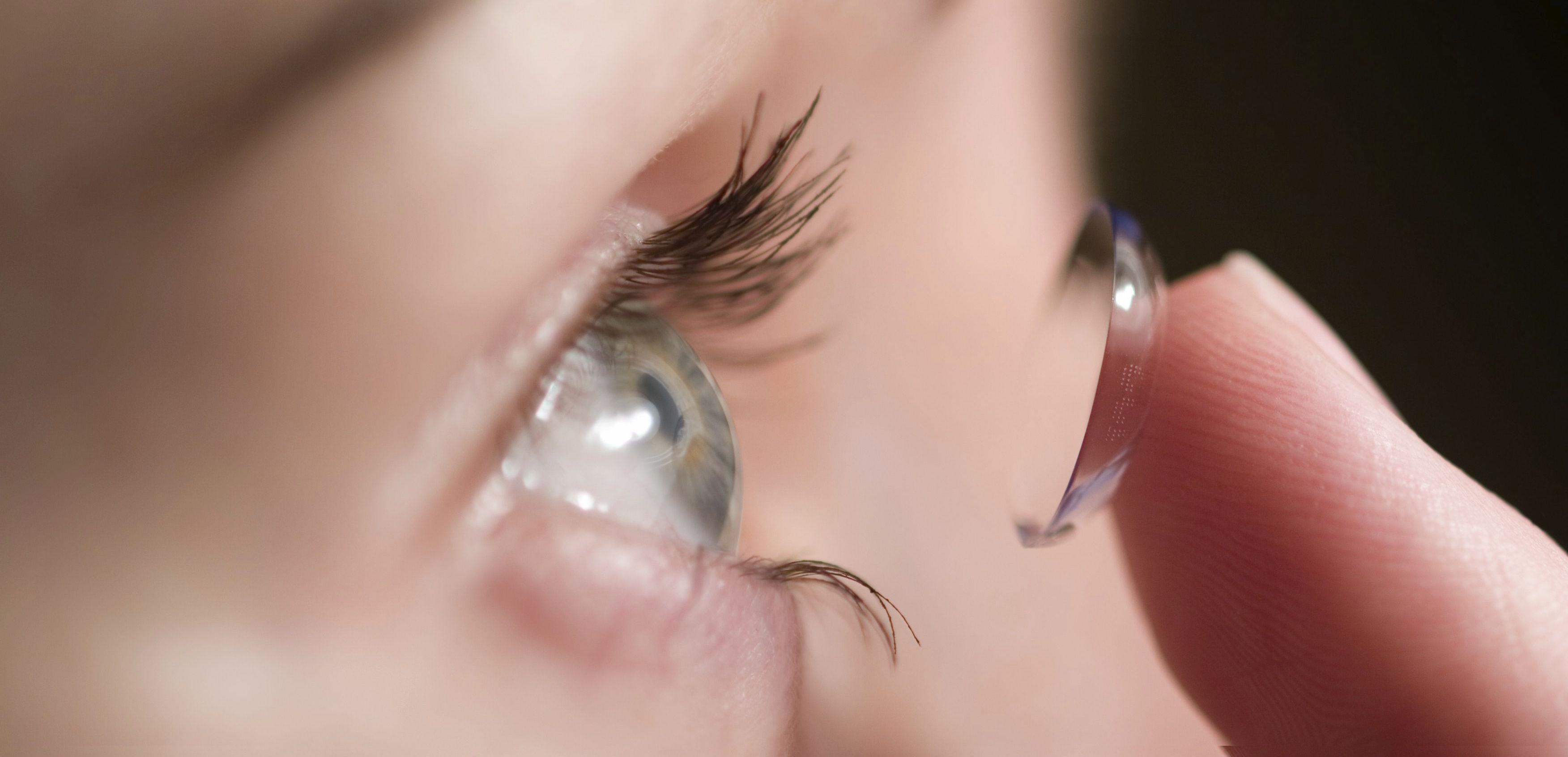 Lentilla inteligente que monitoriza los niveles de glucosa...