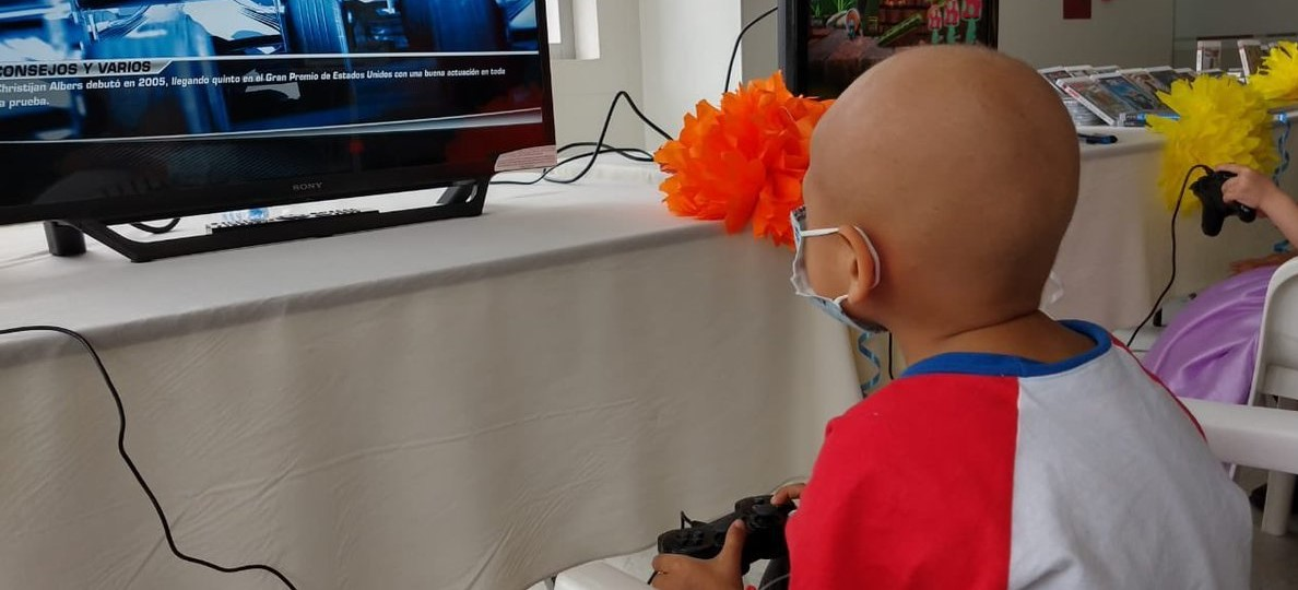 Estudio científico demuestra que los videojuegos reducen el estrés físico en los niños con cánc...